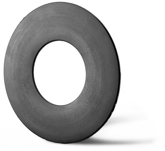 Deutsch: Abbildung zeigt eine DIN – Gummistahldichtung aus NBR. English: Picture displays a rubber steel seal, which follows the Standard DIN.